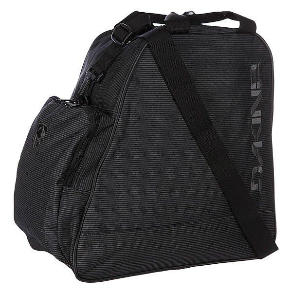 Сумка Dakine Boot Bag 30l Black StripesСумка для ботинок Dakine Boot Bag - это сумка для переноски и хранения ботинок для сноуборда, роликов или коньков. Переносить можно за ручки сверху или на плече, за съёмную лямку.Характеристики:  Большое основное отделение на молнии. Две ручки  для переноски в руках.  Съемная регулируемая ручка для переноски сумки через плечо. Передний накладной карман на молнии. Может использоваться для хранения перчаток, шапки и прочих мелочей (ключей, кошелька).<br><br>Цвет: черный<br>Тип: Сумка для обуви<br>Возраст: Взрослый<br>Пол: Мужской