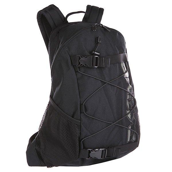 Рюкзак спортивный Dakine Wonder  BlackРюкзак Wonder, пожалуй, самый популярный и самый известный из рюкзаков Dakine. Его впечатляющая функциональность делает его идеальным для города и школы. Он является верным спутником в повседневной жизни и обеспечивает максимальный комфорт.  Характеристики:  Вместительное внутреннее отделение.Эластичный трос. Задняя стенка и наплечные ремни из дышащего материала DriMesh®.Карман  на флисовой подкладке. Поясной ремень. Крепление для доски.  Жесткая фиксация доски. Эргономичные смягченные плечевые лямки. Регулируемый поясной ремень.<br><br>Цвет: черный<br>Тип: Рюкзак спортивный<br>Возраст: Взрослый