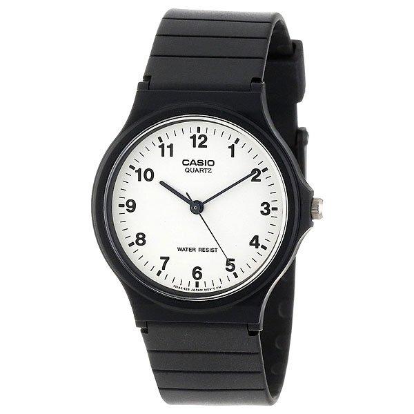Кварцевые часы Casio Collection Mq-24-7b BlackНаручные часы с кварцевым механизмом в классическом дизайне разбавленном спортивным акцентом на корпус и ремень.Технические характеристики: Корпус из полимерного пластика.Ремешок из полимерного материала.Время работы аккумулятора - 2 года.Водонепроницаемость в соответствии с DIN 8310 т.е. ISO 2281 - модель  устойчива к мелким брызгам, любые контакты с большим количеством воды следует избегать.Точность  +/- 20 сек в месяц.<br><br>Цвет: черный<br>Тип: Кварцевые часы<br>Возраст: Взрослый<br>Пол: Мужской