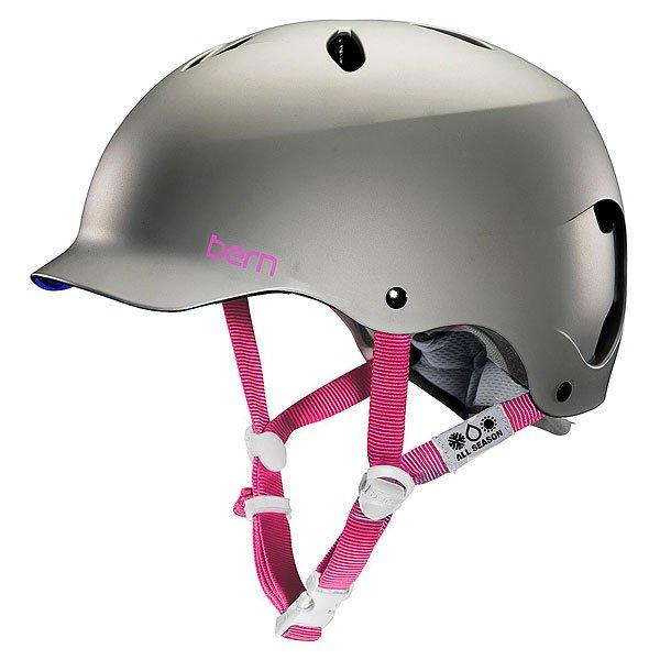 Водный шлем женский Bern Water Lenox Satin Graphite GreyУдобная посадка благодаря системе регулировки BOA, амбушюры,совместимые с аудио-системой и стильный силуэт с козырьком для сохранения индивидуальности Вашего снежного лука - шлем Berns Lenox EPS готов не только защитить Вашу голову от ударов, но и добавить комфорта во время катания. Характеристики:Внешняя тонкая оболочка из прочного ABS пластика. Наполнение пеной EPS, защищающей от ударов. Съемный зимний вкладыш EPS. Регулировка по объему BOA. Аудио-совместимые амбушюры. Пассивная система вентиляции поддерживает постоянную циркуляцию воздуха. Логотип на внешней стороне. Сертификаты безопасности:ASTM F 2040 и EN 1077B.<br><br>Тип: Водный шлем<br>Возраст: Взрослый<br>Пол: Женский