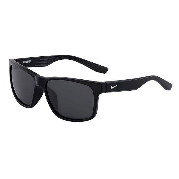 Очки Nike Optics Cruiser Matte Black/Grey /Silver Flash LensОчки Cruiser готовы сопровождать Вас в любое время! Очки в оригинальной оправе, которая придает классическому стилю немного современности.Технические характеристики: Легкий нейлоновый каркас для комфорта и долговечности.Дизайн оправы с 6 опорами для спокойной, комфортной посадки.100% защиты от УФ-лучей.Петли Cam-action.Технология Nike Max Optics - это передовое высокоточное оптическое решение для спортсменов. В сочетании с фотохромной технологией Transitions эти линзы способны адаптироваться к различным условиям спортивной деятельности и к изменениям освещения. Идеальные линзы для самых высоких спортивных результатов.Логотип Nike.Ширина оправы 14 см, длина дужки 13,5 см, ширина линзы 5,9 см, высота линзы 4,3 см.<br><br>Цвет: черный<br>Тип: Очки<br>Возраст: Взрослый<br>Пол: Мужской