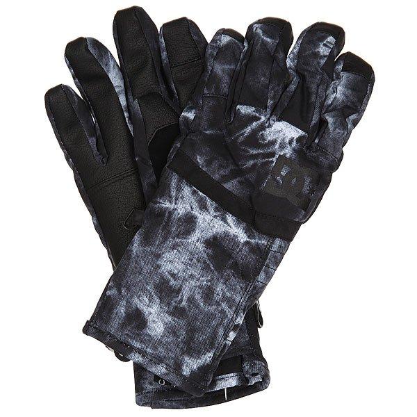 Перчатки сноубордические женский DC Seger Glove Tie DyeПрактичные женские перчатки, сочетающие в себе отличный внешний вид и функционал.Технологичный мембранный материал Exotex 10K в сочетании с утеплителем 150 г гарантированно убережет Вас от холода и влаги, обеспечив комфорт в любую погоду.Специальный материал на указательном пальце даст возможность управлять сенсорным экраном прямо в перчатках, а замшевая вставка на большом пальце позволит в одно движение протереть линзу маски. Характеристики:Водостойкая и дышащая мембранная ткань Exotex 10K. Утеплитель 150 г. Подкладка из трикотажа с начесом. Регулируемые манжеты на липучке. Вставка на указательном пальце для управления сенсорными экранами. Ладонь из искусственной кожи. Замшевая вставка на большом пальце для протирания линзы маски. Регулируемый ремешок. Состав: 100% полиуретан.<br><br>Цвет: черный,серый<br>Тип: Перчатки сноубордические<br>Возраст: Взрослый<br>Пол: Женский