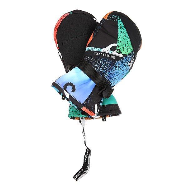Варежки сноубордические детские Quiksilver Mission Chakalapaki OriginДетские сноубордические варежки Quiksilver Mission надежно защитят руки Вашего ребенка от холода и влаги, что позволит проводить на склоне больше времени. Мембранная ткань Dry Flight не допустит промокания, а искусственная кожа на ладони обеспечит отличное сцепление для стильных грэбов. Характеристики:Водостойкая и дышащая мембранная ткань Dry Flight. Эргономичный крой не сковывает движений.Замшевая вставка на большом пальце для протирания линзы маски.Фиксатор на запястье. Эргономичные манжеты, удобно регулируемые одной рукой. Эластичный ремешок. Ладонь из искусственной кожи.<br><br>Цвет: мультиколор<br>Тип: Варежки сноубордические<br>Возраст: Детский