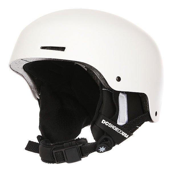 Шлем для сноуборда DC Bomber WhiteЛаконичная и надежная конструкция, выполненная из прочного ABS пластика и дополненная внутренним слоем из амортизирующей пены EPS. Дополнительный комфортобеспечит флисовая подкладка и съемные амбушюры, готовые сохранить тепло, а внутренние каналы и вентиляционные отверстия в шлеме отрегулируют теплообмен.Характеристики:Прочная конструкция с внешним слоев из ABS пластика. Внутренний слой из вспененного материала EPS, амортизирующего удары. Флисовая подкладка. Накладка на подбородок из шерпа-флиса.Фронтальные и верхние вентиляционные отверстия с каналами во внутреннем слое шлема. Мягкие термоформованные съемные амбушюры.ЗастежкаFidlock®.Наклейки в комплекте. Вес: 550 г. Состав: 100% пластик.<br><br>Цвет: белый<br>Тип: Шлем для сноуборда<br>Возраст: Взрослый<br>Пол: Мужской