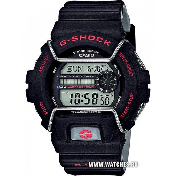 Кварцевые часы Casio G-shock 67583 Gls-6900-1eНовый представитель G-Lide нацелен на зимние виды спорта, где демонстрирует идеальную работоспособность при -20°С. Характеристики:G-Lide.Противоударный корпусзащищает механизм от ударов и вибрации. Модуль часов рассчитан на работу при низких температурах до -20°С/-4°F. Электролюминесцентная подсветка освещает весь циферблат. При повороте часов в сторону лица, подсветка включается автоматически.Мировое время– 48 городов (29 часовых поясов). Функция включения/отключения летнего времени.12-ти и 24-х часовой формат времени. Два секундомера с точностью показаний 1/100 сек и временем измерения 1000 часов.Сплит-хронограф.Таймер обратного отсчета от 1мин до 24ч с автоповтором. Функция отключения/включения звука. Световая индикация сигнала. 5 будильников, один с функцией Snooze, ежечасный сигнал. Автоматический календарь: число, день недели, месяц (до 2099г).<br><br>Цвет: черный<br>Тип: Кварцевые часы<br>Возраст: Взрослый<br>Пол: Мужской