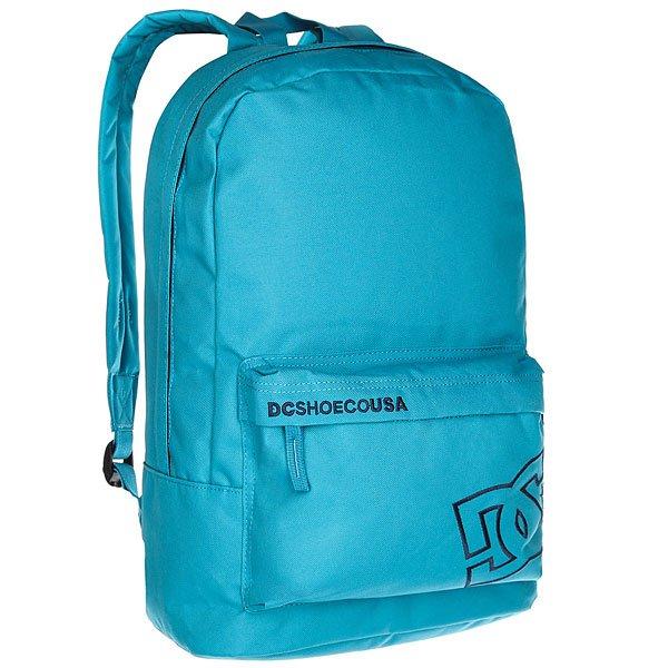 Рюкзак городской DC Bunker Solid Blue MoonКомпактный городской рюкзак с отсеком для ноутбука не обременит Вас множеством отсеков и кармашков, предоставляя единое вместительное пространство для самых необходимых вещей и небольшой внешний карман для мелочей. Классический силуэт, универсальный дизайн и стильная графика позволят DC Bunker стать отличным дополнением к городскому луку.Характеристики:Ручка для переноски. Мягкие регулируемые лямки. Внешний карман на молнии со встроенным органайзером.Отсек для ноутбука. Единый основной отсек на молнии. Нашивка с фирменным логотипом на внешнем кармане.<br><br>Цвет: голубой<br>Тип: Рюкзак городской<br>Возраст: Взрослый