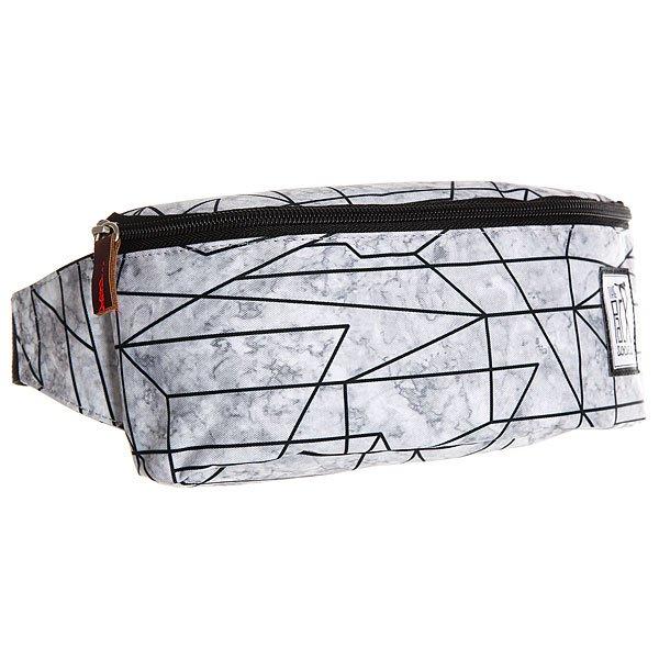 Сумка поясная женская The Pack Society Bum Bag Geometric Marble AlloverСтильная и вместительная поясная сумка The Pack Society – разбавь свою жизнь стильным принтом. Характеристики:Застежка на молнии. Регулируемый ремешок. Логотип-нашивка.<br><br>Цвет: черный,серый<br>Тип: Сумка поясная<br>Возраст: Взрослый<br>Пол: Женский