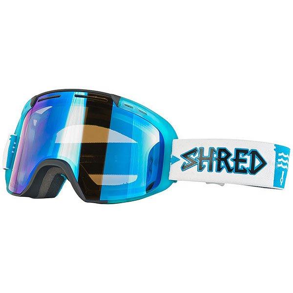 Маска для сноуборда Shred Amazify Roller - W4w Collab Black/BlueМаска, которая подарит по-настоящему расширенный обзор благодаря цилиндрическим линзам с технологией NODISTORTION™ CARVED. Подходит для средней и широкой формы лица.Технические характеристики: Совместима со шлемами различной конструкции.Эргономичная конструкция оправы, которая облегчает замену линзы (NOBS).Максимальный периферийный обзор.Покрытие NOREFLECT поможет избежать возникновения отражений с внутренней стороны линзы.Прослойка из пены.100% защита от UVA, UVB и UVC.Технология NODISTORTION™ для кристально чистого обзора.Водоотталкивающее покрытие NoClog на вентиляции минимизирует запотевание маски.Обработка линз изнутри гидрофобным составом AntiFog.Технология CARVED делает линзу более четкой, расширяет угол обзора.Светопропускная способность 38%.<br><br>Цвет: белый,голубой<br>Тип: Маска для сноуборда<br>Возраст: Взрослый<br>Пол: Мужской